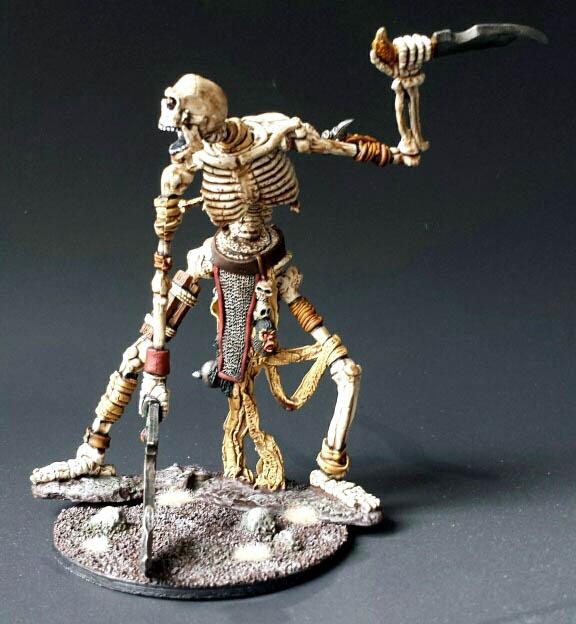 Colossal Skeleton Bone Giant Dark Heaven X1 Fig